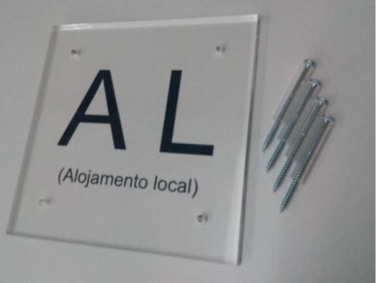Placa de Alojamento Local